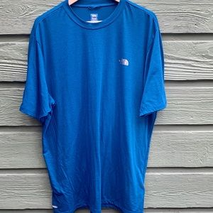 The North Face Men's Blue Vapor Wick Shirt Size XL